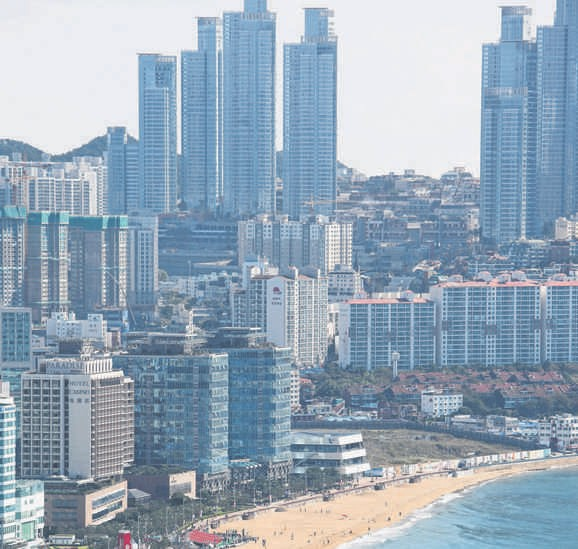 Sky is the limit: Secondary cities in certain mature economies, such as Busan in South Korea (above) and Kaohsiung in Taiwan, have growth potential as they shift from manufacturing to innovation and knowledge industries. PHOTO: AP